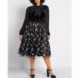 Modcloth Collectif Tulle Black Skirt Snowflakes